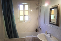 Bathroom - Khanfous Retreat - Holiday Rental - Asilah Morocco (1) (Small)