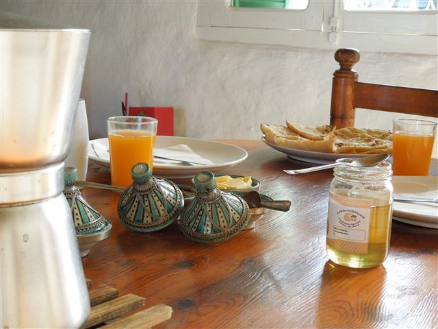 Breakfast & Dinner Included - Half Board - Holiday Home - Khanfous Retreat, Asilah, Morocco (5) (Small)